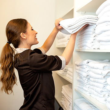 Does Cambria Hotel College Park provide cleaning services?