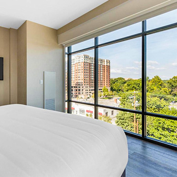 What are the room types at Cambria Hotel College Park?